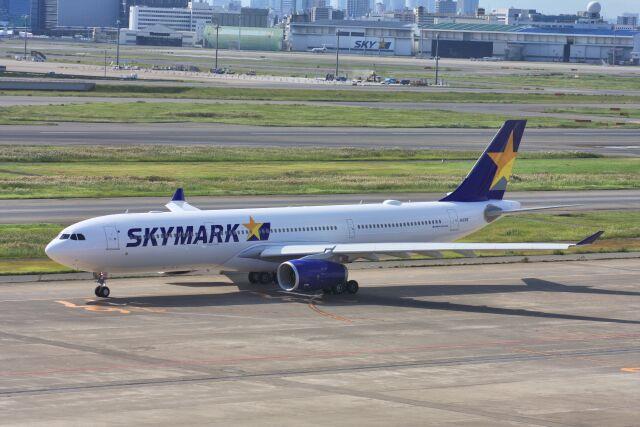 wunalaさんが、羽田空港で撮影したスカイマーク A330-343Eの航空フォト(飛行機 写真・画像)
