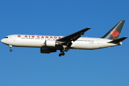 jun☆さんが、成田国際空港で撮影したエア・カナダ 767-36N/ERの航空フォト(飛行機 写真・画像)
