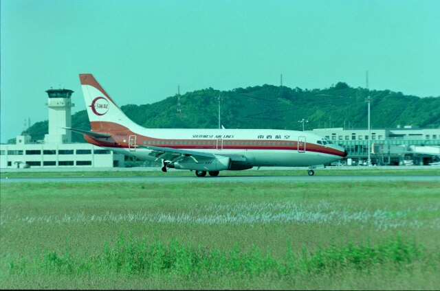 kotaちゃんさんが、松山空港で撮影した南西航空 737-2Q3/Advの航空フォト(飛行機 写真・画像)