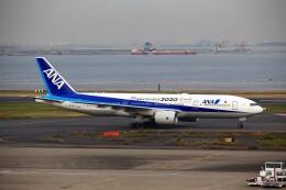 T.Sazenさんが、羽田空港で撮影した全日空 777-281/ERの航空フォト(飛行機 写真・画像)