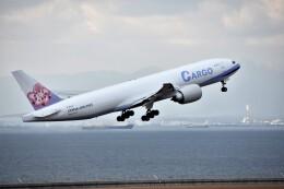 MSN/PFさんが、中部国際空港で撮影したチャイナエアライン 777-Fの航空フォト(飛行機 写真・画像)