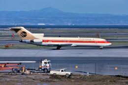 パール大山さんが、サンフランシスコ国際空港で撮影したコンチネンタル航空 727-224の航空フォト(飛行機 写真・画像)