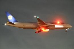 木人さんが、成田国際空港で撮影したルフトハンザ・カーゴ 777-FBTの航空フォト(飛行機 写真・画像)