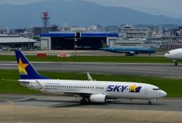 h_wajyaさんが、福岡空港で撮影したスカイマーク 737-8FZの航空フォト(飛行機 写真・画像)
