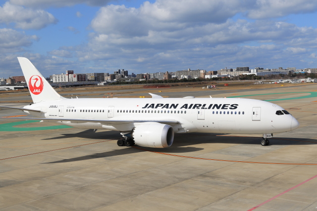 NH642さんが、福岡空港で撮影した日本航空 787-8 Dreamlinerの航空フォト(飛行機 写真・画像)
