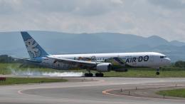 Tetsupechiさんが、旭川空港で撮影したAIR DO 767-381の航空フォト(飛行機 写真・画像)