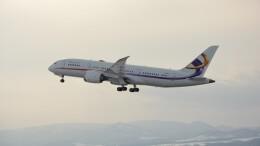 Tetsupechiさんが、旭川空港で撮影した金鹿航空 787-8 Dreamlinerの航空フォト(飛行機 写真・画像)