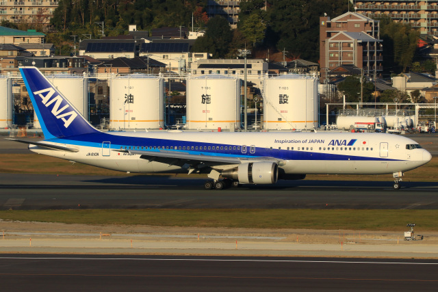 三軒 那乃さんが、五島福江空港で撮影した全日空 767-381/ERの航空フォト(飛行機 写真・画像)