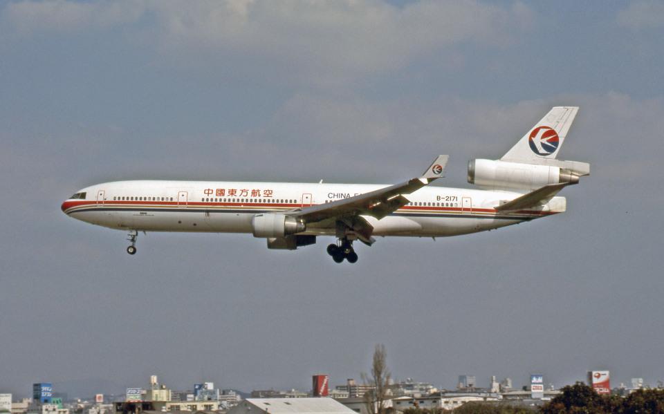 Gambardierさんの中国東方航空 McDonnell Douglas MD-11 (B-2171) 航空フォト