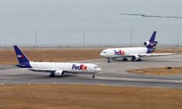 Asamaさんが、香港国際空港で撮影したフェデックス・エクスプレス 767-3S2F/ERの航空フォト(飛行機 写真・画像)
