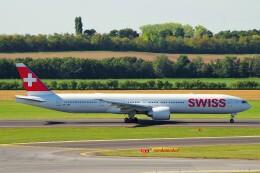 ちっとろむさんが、ウィーン国際空港で撮影したスイスインターナショナルエアラインズ 777-3DE/ERの航空フォト(飛行機 写真・画像)