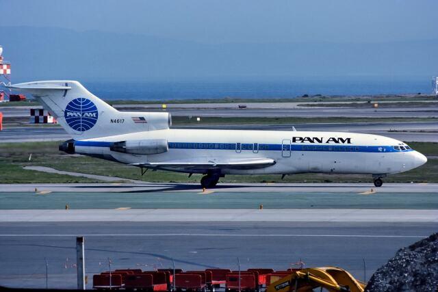 パール大山さんが、サンフランシスコ国際空港で撮影したパンアメリカン航空 727-35の航空フォト(飛行機 写真・画像)