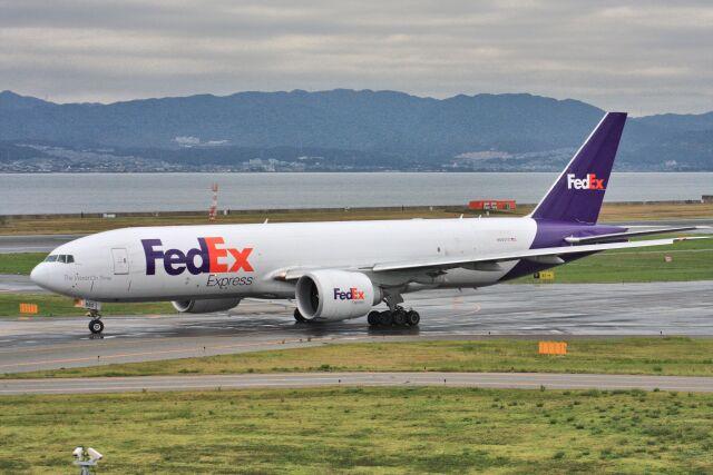 wunalaさんが、関西国際空港で撮影したフェデックス・エクスプレス 777-F28の航空フォト(飛行機 写真・画像)