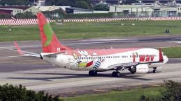 FlyingMonkeyさんが、台北松山空港で撮影したティーウェイ航空 737-8Q8の航空フォト(飛行機 写真・画像)