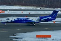 しまb747さんが、新千歳空港で撮影したジェット・アジア EMB-135BJ Legacyの航空フォト(飛行機 写真・画像)