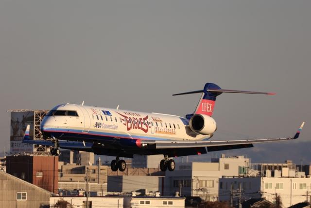 Fly Yokotayaさんが、伊丹空港で撮影したアイベックスエアラインズ CL-600-2C10 Regional Jet CRJ-702の航空フォト(飛行機 写真・画像)