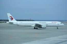 kumagorouさんが、那覇空港で撮影した中国東方航空 A321-211の航空フォト(飛行機 写真・画像)