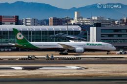 アローズさんが、福岡空港で撮影した航空自衛隊 T-4の航空フォト(飛行機 写真・画像)