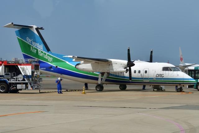 しまb747さんが、福岡空港で撮影したオリエンタルエアブリッジ DHC-8-201Q Dash 8の航空フォト(飛行機 写真・画像)