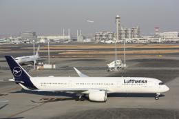 西麻布と焼売弁当さんが、羽田空港で撮影したルフトハンザドイツ航空 A350-941の航空フォト(飛行機 写真・画像)