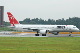 jun☆さんが、成田国際空港で撮影したノースウエスト航空 757-251の航空フォト(飛行機 写真・画像)