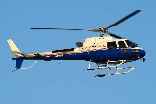 さんごーさんが、東京ヘリポートで撮影した昭和リース AS350B3 Ecureuilの航空フォト(飛行機 写真・画像)