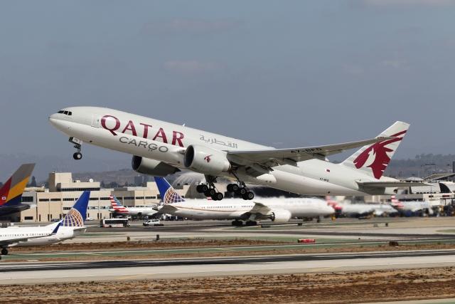 takoyanさんが、ロサンゼルス国際空港で撮影したカタール航空カーゴ 777-FDZの航空フォト(飛行機 写真・画像)