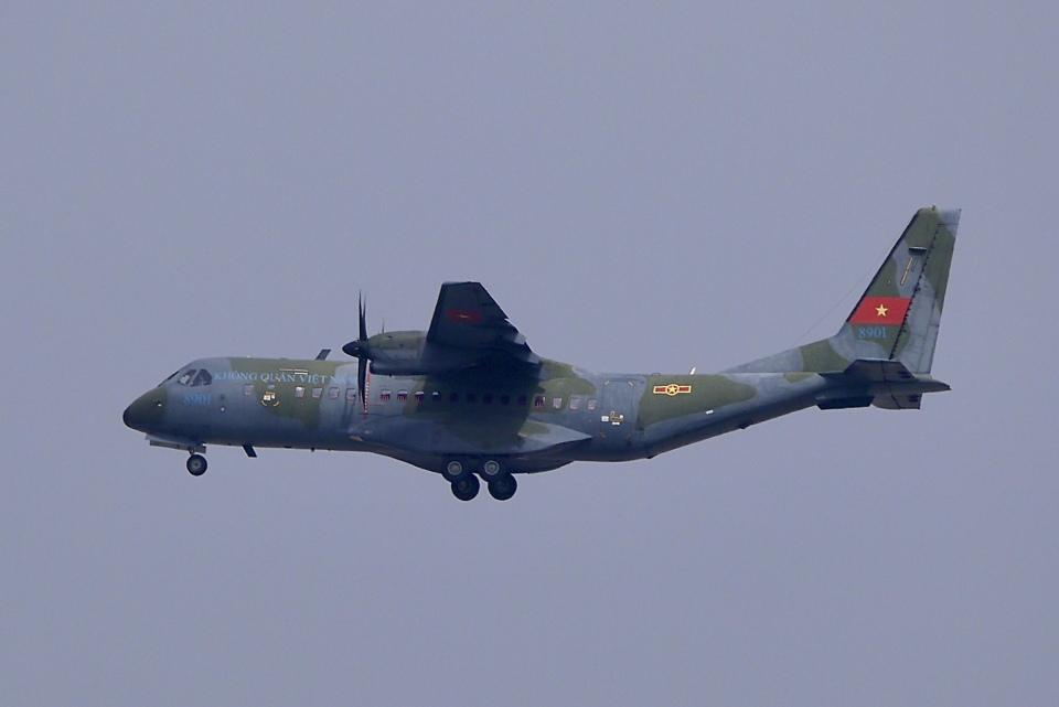 umiさんのベトナム人民空軍 CASA C-295 (8901) 航空フォト