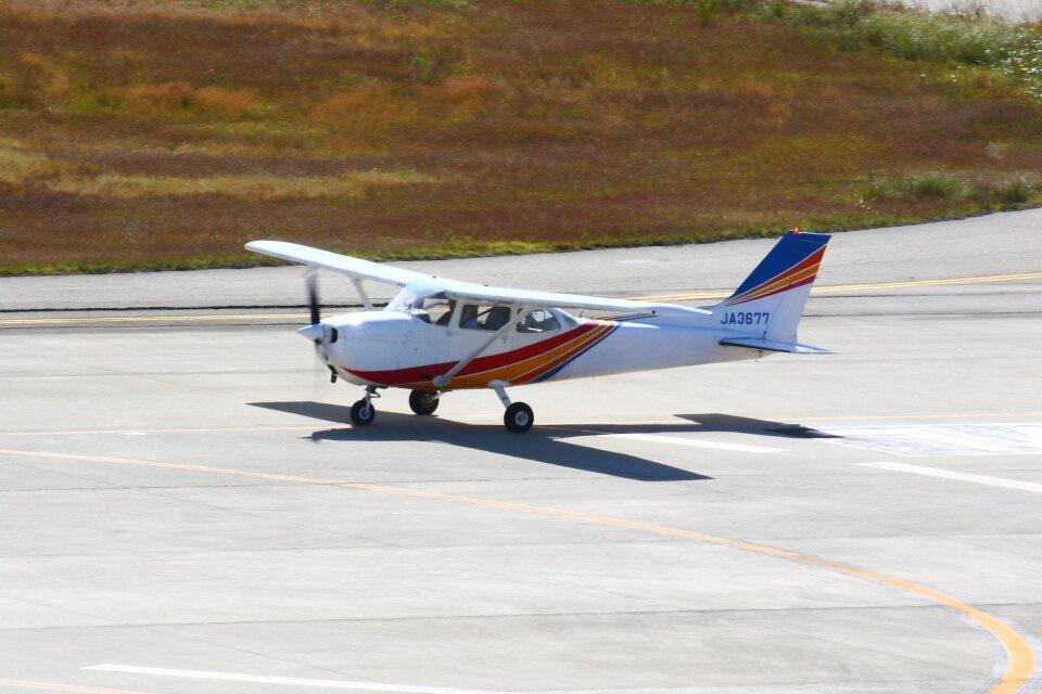 khideさんの学校法人ヒラタ学園 航空事業本部 Cessna 172 (JA3677) 航空フォト