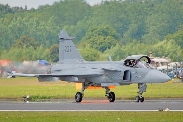 ちゃぽんさんが、フェアフォード空軍基地で撮影したスウェーデン空軍 JAS39Cの航空フォト(飛行機 写真・画像)