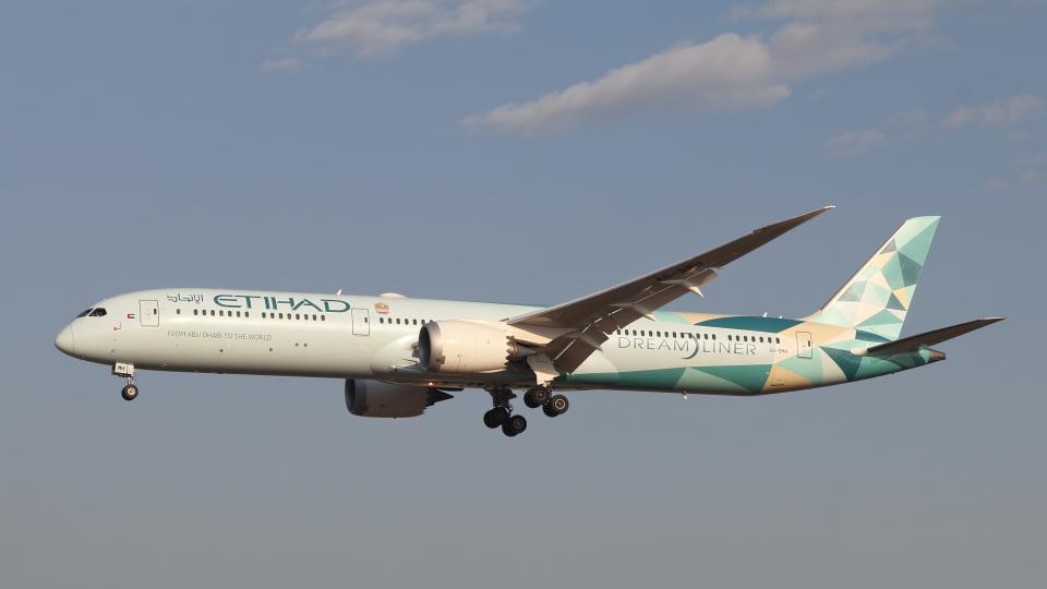 raichanさんのエティハド航空 Boeing 787-10 (A6-BMH) 航空フォト