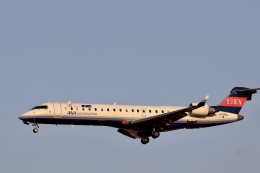 Fly Yokotayaさんが、伊丹空港で撮影したアイベックスエアラインズ CL-600-2C10 Regional Jet CRJ-702ERの航空フォト(飛行機 写真・画像)
