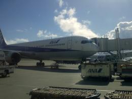 しまb747さんが、那覇空港で撮影した全日空 767-381の航空フォト(飛行機 写真・画像)