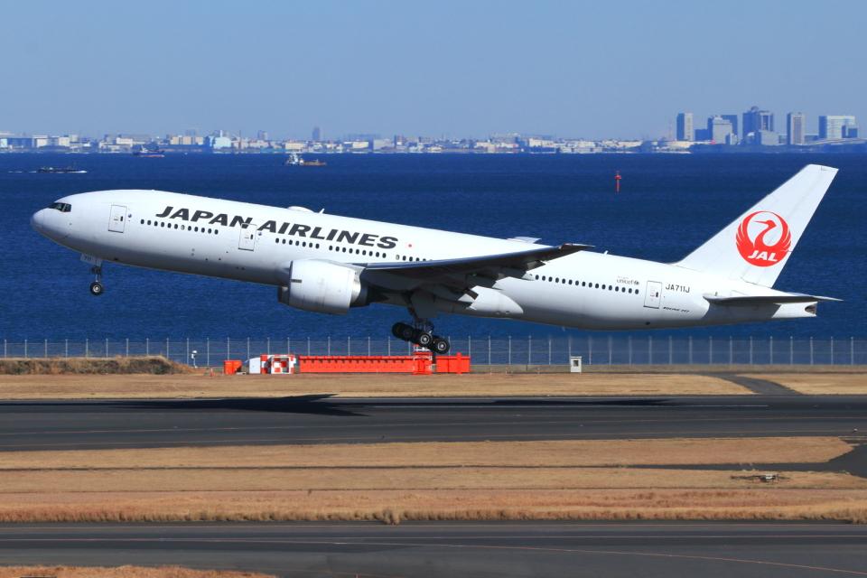 とらとらさんの日本航空 Boeing 777-200 (JA711J) 航空フォト