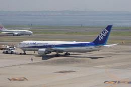 神宮寺ももさんが、羽田空港で撮影した全日空 767-381/ERの航空フォト(飛行機 写真・画像)