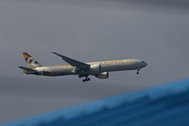 fox_samさんが、ニノイ・アキノ国際空港で撮影したエティハド航空 777-3FX/ERの航空フォト(飛行機 写真・画像)