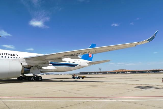 让开我先飞さんが、北京首都国際空港で撮影した中国南方航空 A350-941の航空フォト(飛行機 写真・画像)