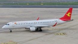 让开我先飞さんが、大連周水子国際空港で撮影した天津航空 ERJ-190-100 LR (ERJ-190LR)の航空フォト(飛行機 写真・画像)
