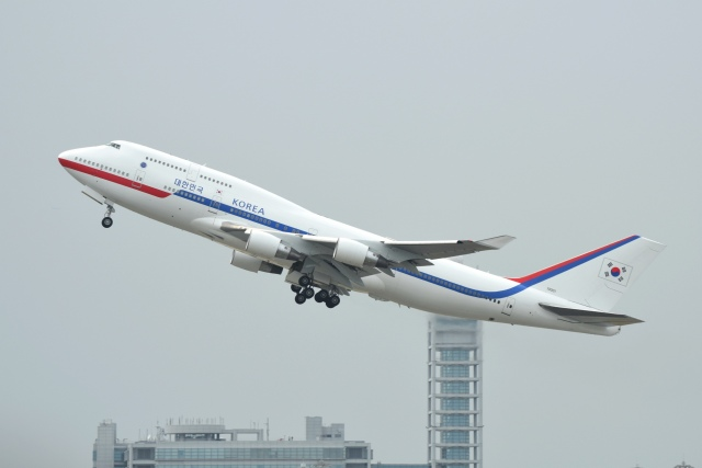 あおいそらさんが、関西国際空港で撮影した大韓民国空軍 747-4B5の航空フォト(飛行機 写真・画像)