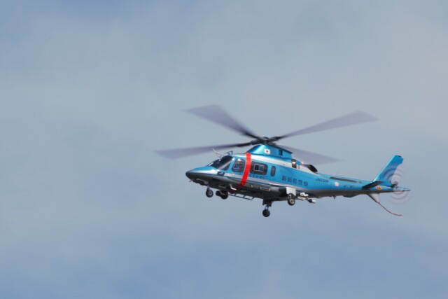 Cleared for take offさんが、新潟空港で撮影した新潟県警察 A109E Powerの航空フォト(飛行機 写真・画像)