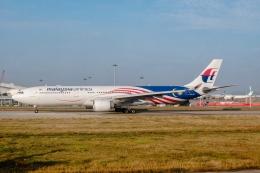 让开我先飞さんが、広州白雲国際空港で撮影したマレーシア航空 A330-323Xの航空フォト(飛行機 写真・画像)