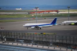 K・Tさんが、羽田空港で撮影した全日空 A320-214の航空フォト(飛行機 写真・画像)