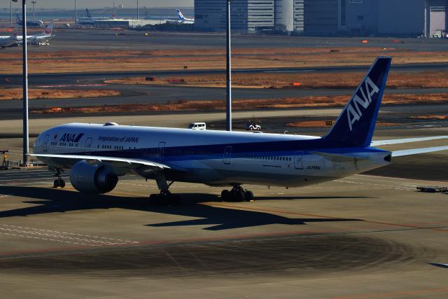 M.airphotoさんが、羽田空港で撮影した全日空 777-381/ERの航空フォト(飛行機 写真・画像)