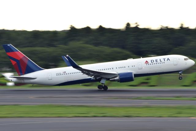 jun☆さんが、成田国際空港で撮影したデルタ航空 767-3P6/ERの航空フォト(飛行機 写真・画像)