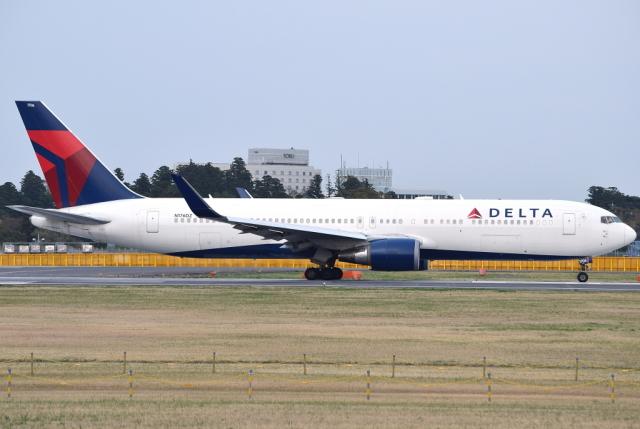 jun☆さんが、成田国際空港で撮影したデルタ航空 767-332/ERの航空フォト(飛行機 写真・画像)