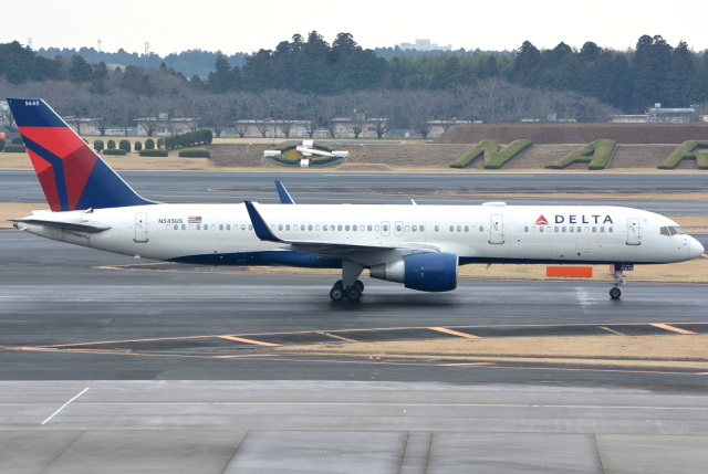jun☆さんが、成田国際空港で撮影したデルタ航空 757-251の航空フォト(飛行機 写真・画像)