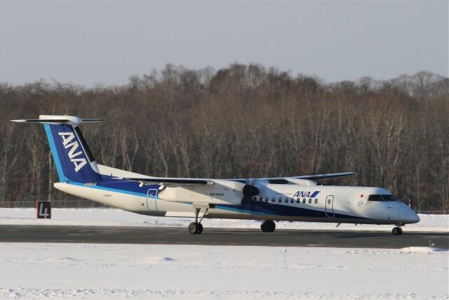 にしやんさんが、釧路空港で撮影したANAウイングス DHC-8-402Q Dash 8の航空フォト(飛行機 写真・画像)