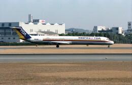 @たかひろさんが、伊丹空港で撮影した東亜国内航空 MD-81 (DC-9-81)の航空フォト(飛行機 写真・画像)