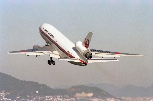 @たかひろさんが、伊丹空港で撮影した日本航空 DC-10-40Dの航空フォト(飛行機 写真・画像)