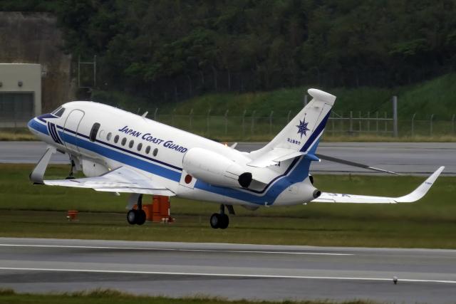 K.Sさんが、那覇空港で撮影した海上保安庁 Falcon 2000EXの航空フォト(飛行機 写真・画像)